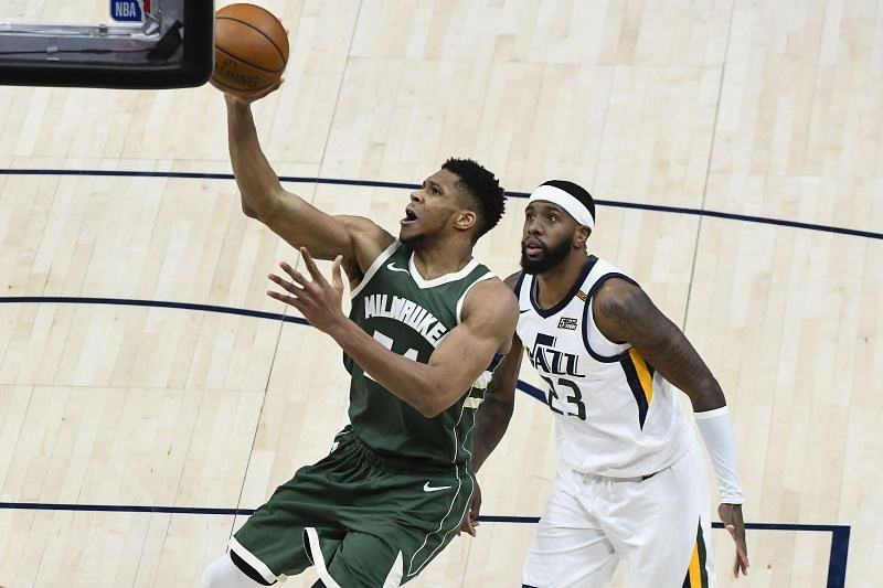 Giannis Antetokounmpo #34 of the Milwaukee Bucks shoots over Royce O