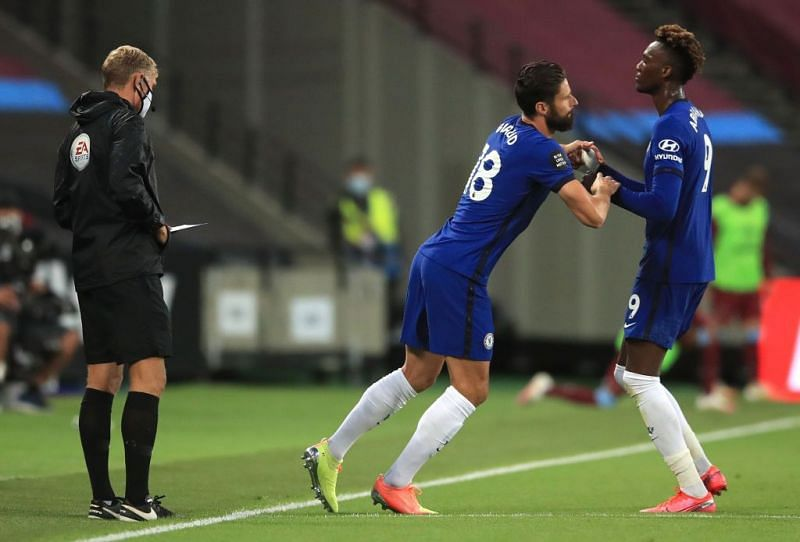 Olivier Giroud for Tammy Abraham was a forced early change made by Chelsea