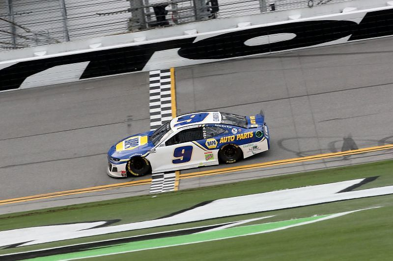 Chase Elliott crosses the finish line on the Daytona Road Course. Photo/Getty Images
