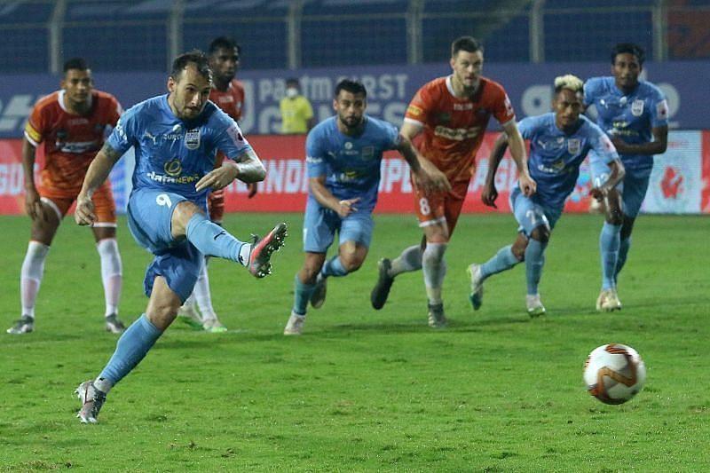 Adam Le Fondre is the top goalscorer for the Mumbai City FC side this season (Courtesy - ISL)