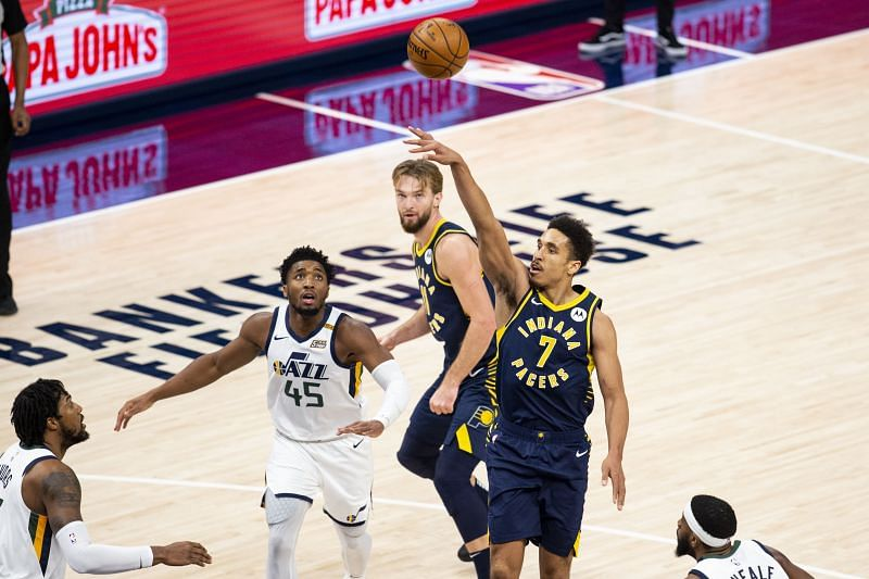 Malcolm Brogdon (#7) of the Indiana Pacers