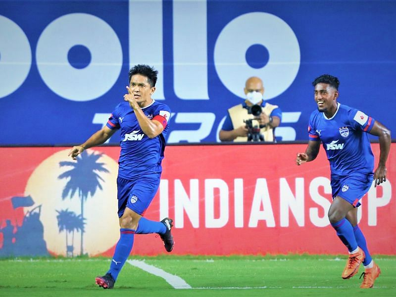 Bengaluru FC will be banking on the services of their captain Sunil Chhetri (L) to deliver against ATK Mohun Bagan (Image Courtesy: ISL Media)