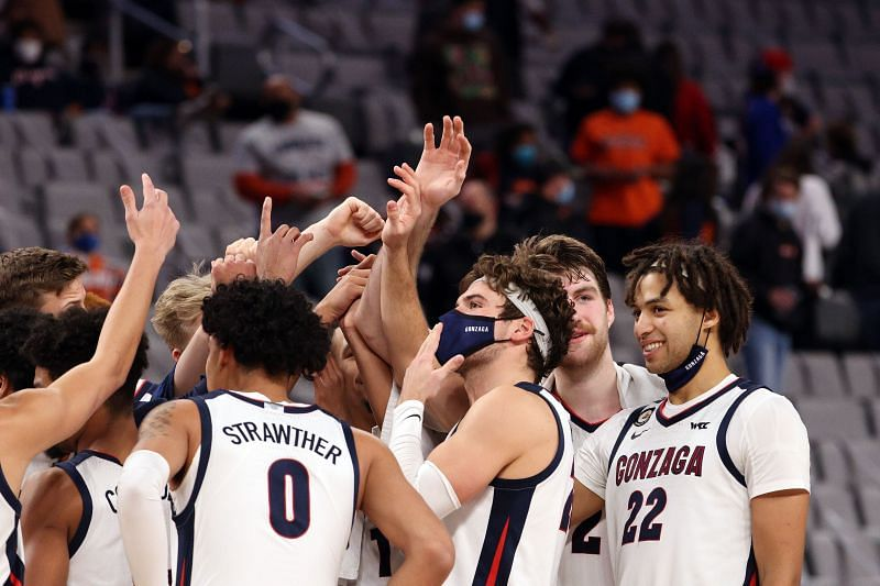 The Gonzaga Bulldogs celebrate a win.