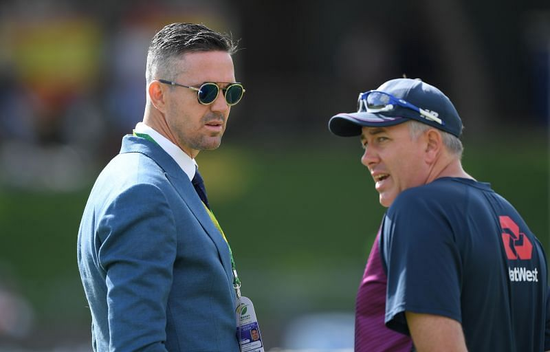 Kevin Pietersen (L) will captain England Legends in Road Safety World Series 2021