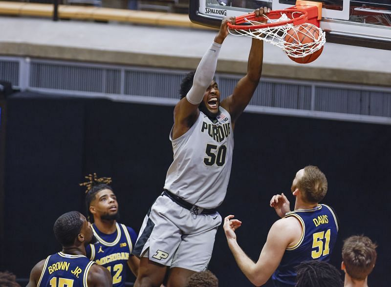 Purdue Trevion Williams dunks the ball during the first half against Michigan.
