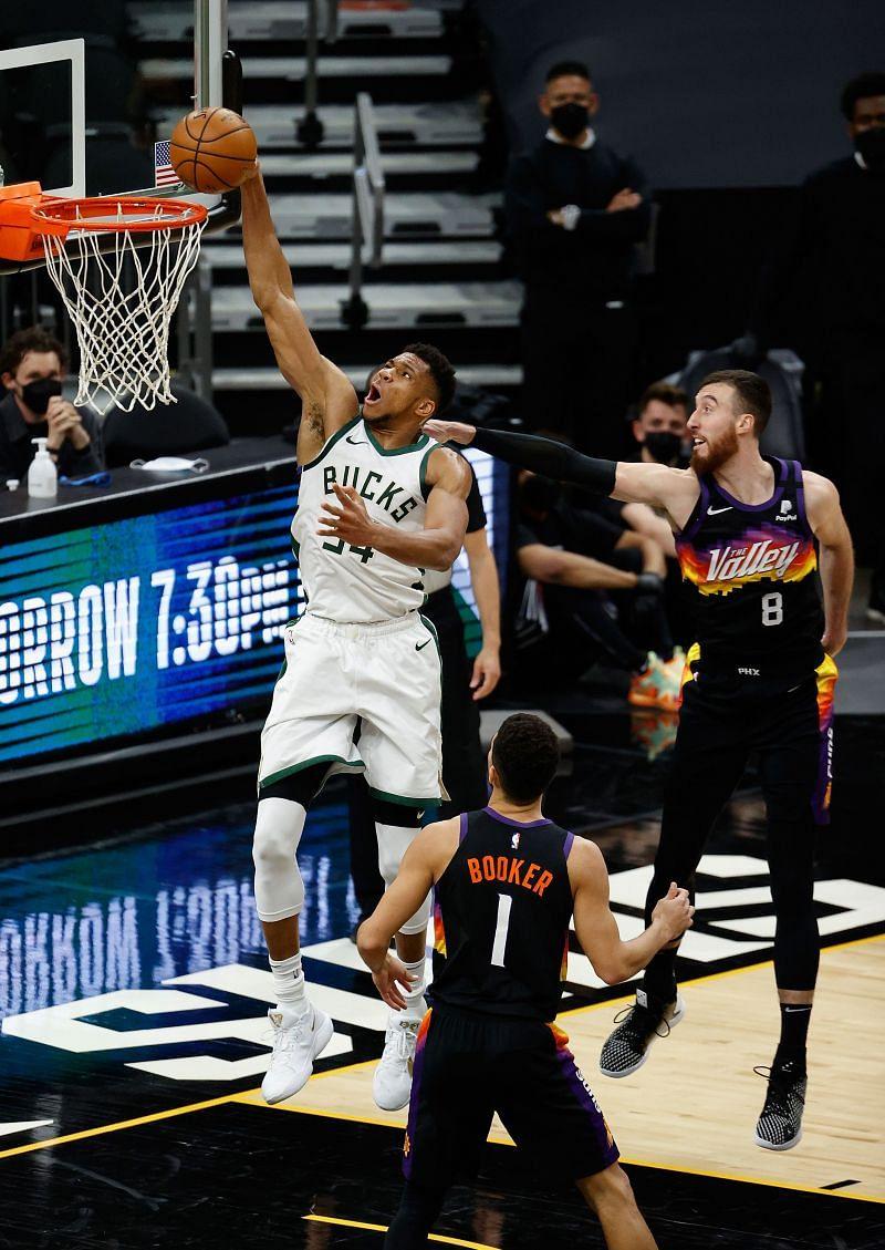 Milwaukee Bucks leader Giannis Antetokounmpo