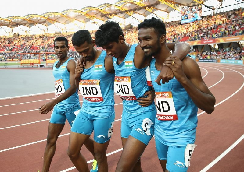 Rajiv Arokia with the 4*400m Indian relay team at 2018 Commonwealth Games