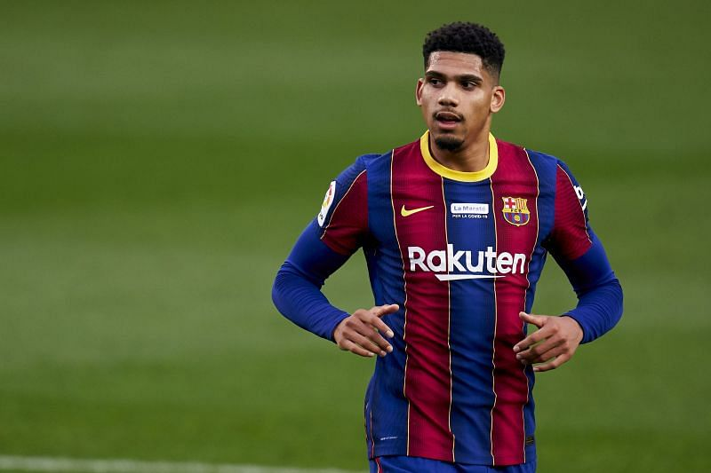 Barcelona youngster Ronald Araujo has sustained an ankle injury