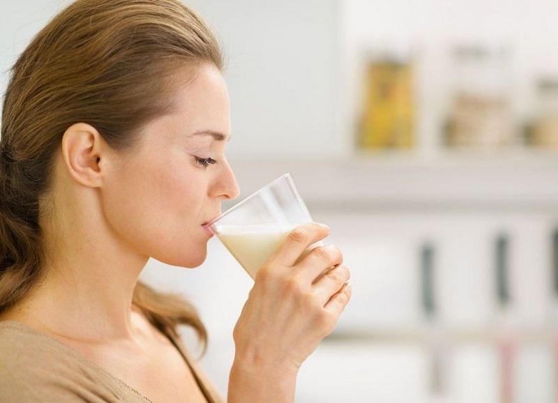 गर्म दूध