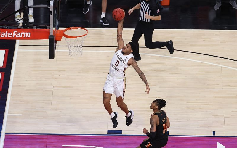 Rayquan Evans #0 of the Florida State Seminoles dunks the ball