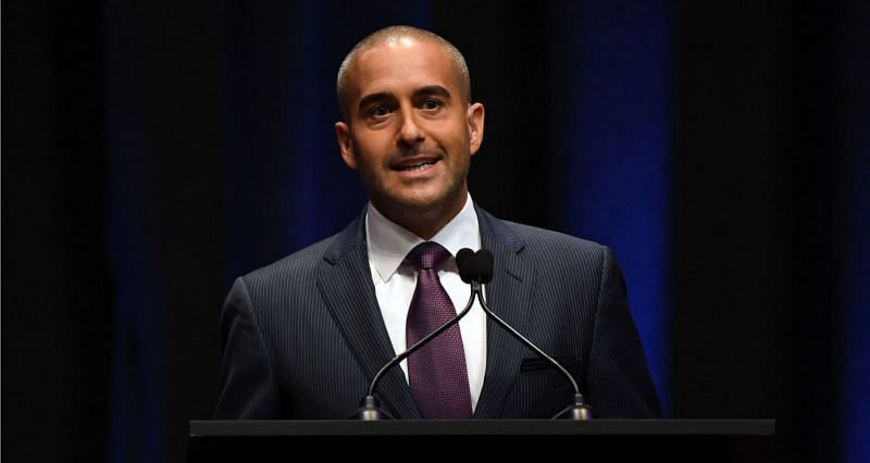 UFC commentator Jon Anik is planning to compete in the amateur circuit of MMA