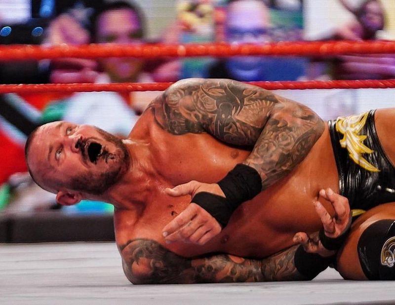 WWE RAW का एपिसोड काफी ज्यादा जबरदस्त रहा
