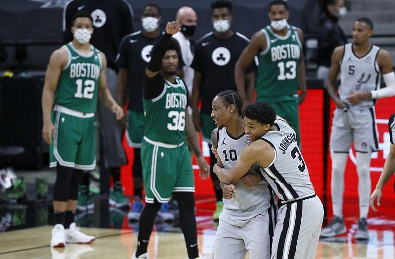 DeMar DeRozan has lifted the Spurs