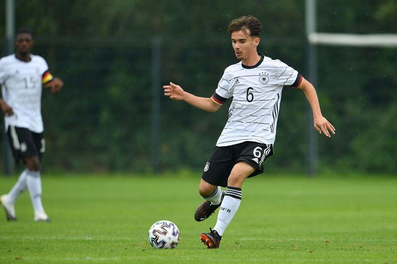 Vasco Walz in U-17 action for Germany