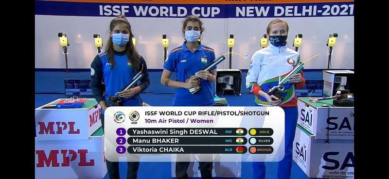 Yashaswini Singh (Gold), Manu Bhaker(Silver) at ISSF World Cup 2021 (Image courtesy: ISSF )