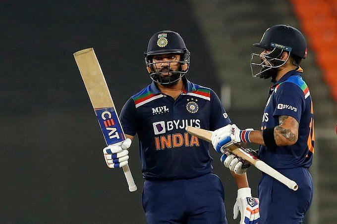 Rohit Sharma (left) and Indian captain Virat Kohli