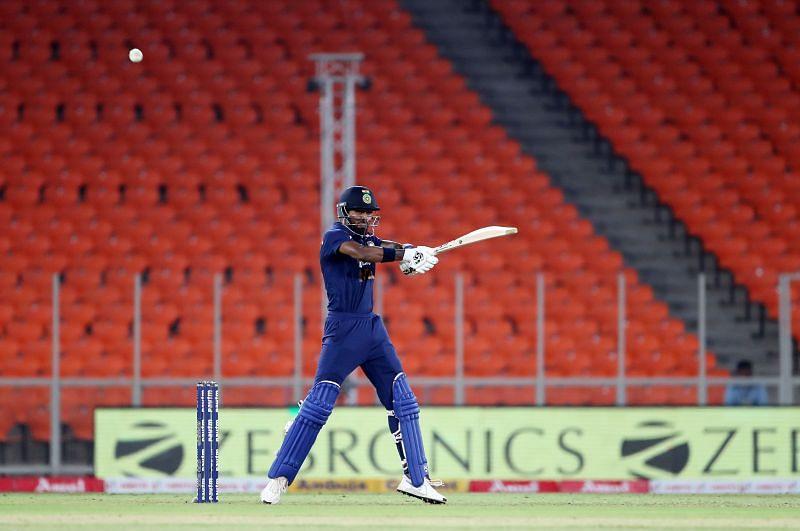 Hardik Pandya scored a blazing unbeaten 39 in the final T20I against England