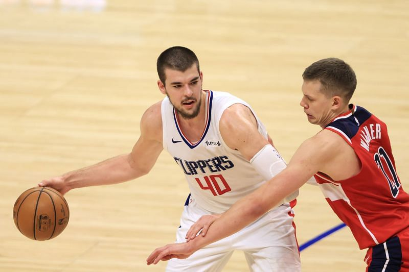 Ivica Zubac in action for the LA Clippers