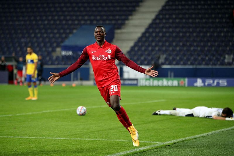 RB Salzburg v Maccabi Tel-Aviv - UEFA Champions League: Play-Offs Second Leg