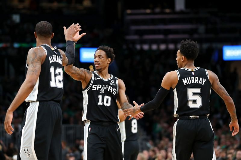 The San Antonio Spurs hold the 7th spot in the West.