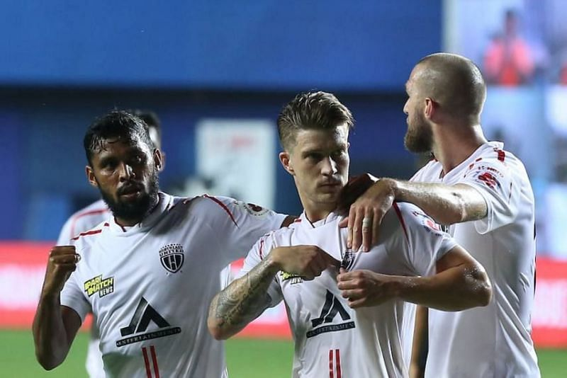 Federico Gallego (Centre) dictated the play for NorthEast United FC in the midfield. (Image: ISL)
