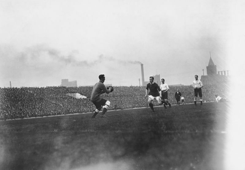 A 1910 game between Tottenham and Mancheser United (then managed by Mangnall}