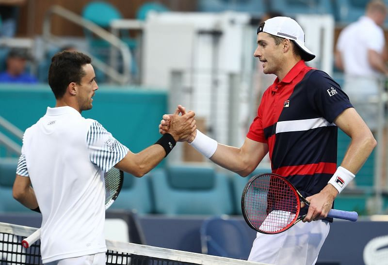 This will be the fifth encounter between Roberto Bautista Agut and John Isner