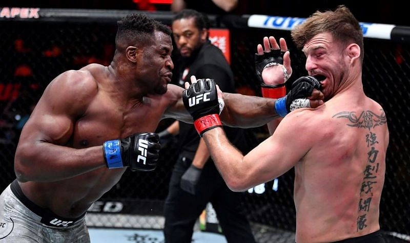Francis Ngannou (left) and Stipe Miocic (right) at UFC 260