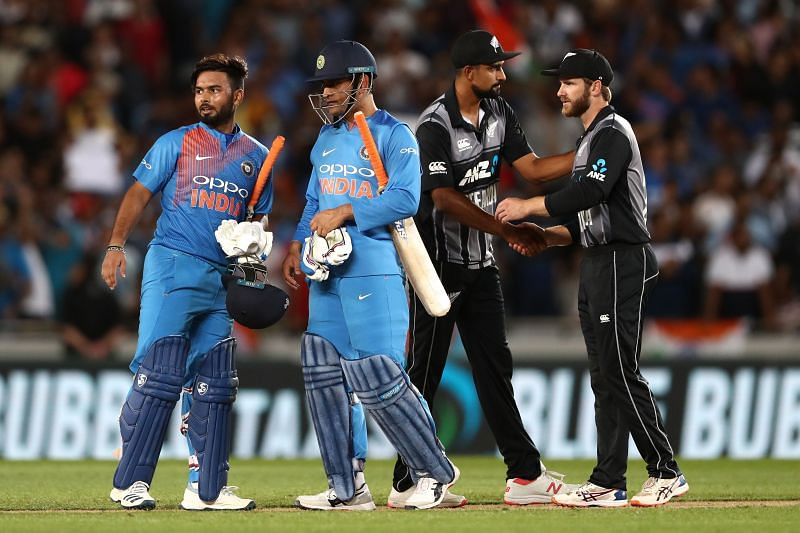 Rishabh Pant (L) has been incessantly compared to MS Dhoni