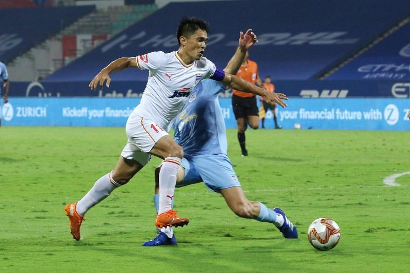 Sunil Chhetri in action for Bengaluru FC in an ISL match against Mumbai City FC (Image Courtesy: ISL Media)
