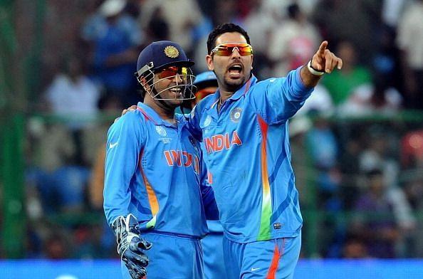 युवराज सिंह ने अपने वनडे करियर का गेंद के साथ बेस्ट प्रदर्शन वर्ल्ड कप 2011 में ही किया थ