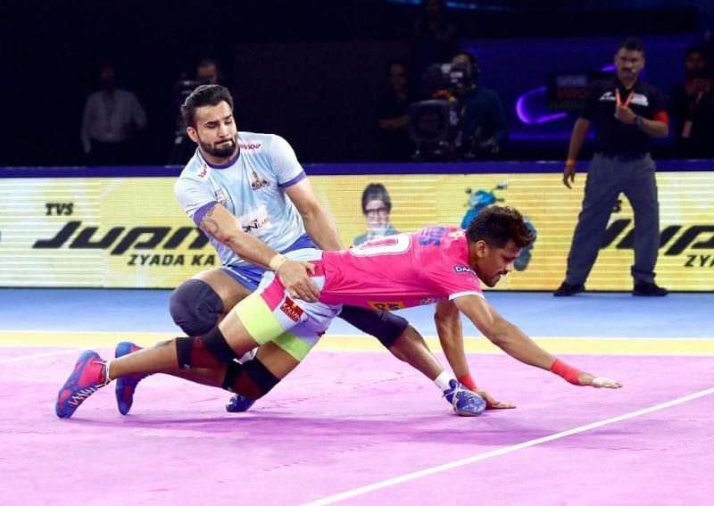 Ran Singh es uno de los defensores más poderosos que ha jugado en la Pro Kabaddi League.
