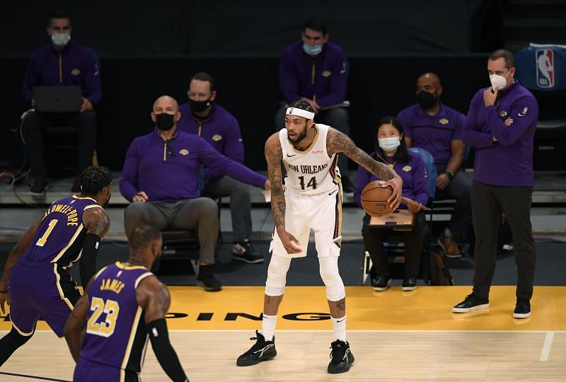 Brandon Ingram #14 dribbles in front of the Los Angeles Lakers bench. Photo: Harry How/Getty Images)