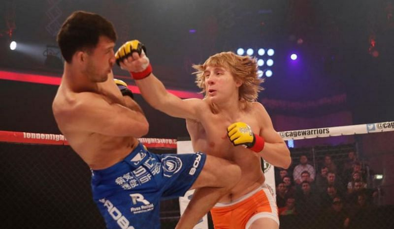 Paddy Pimblett punches Julian Erosa in Cage Warriors Unplugged (photo courtesy of Cage Warriors)