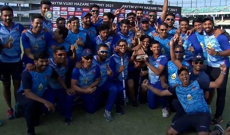 Sarfaraz Khan and his Mumbai teammates celebrate their 2021 Vijay Hazare Trophy triumph.
