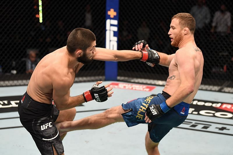 Justin Gaethje lands a perfect leg kick on Khabib Nurmagomedov.