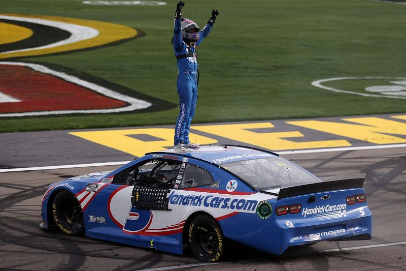 Kyle Larson celebrates his win in the NASCAR Cup Series Pennzoil 400 at Las Vegas. Photo/Getty Images