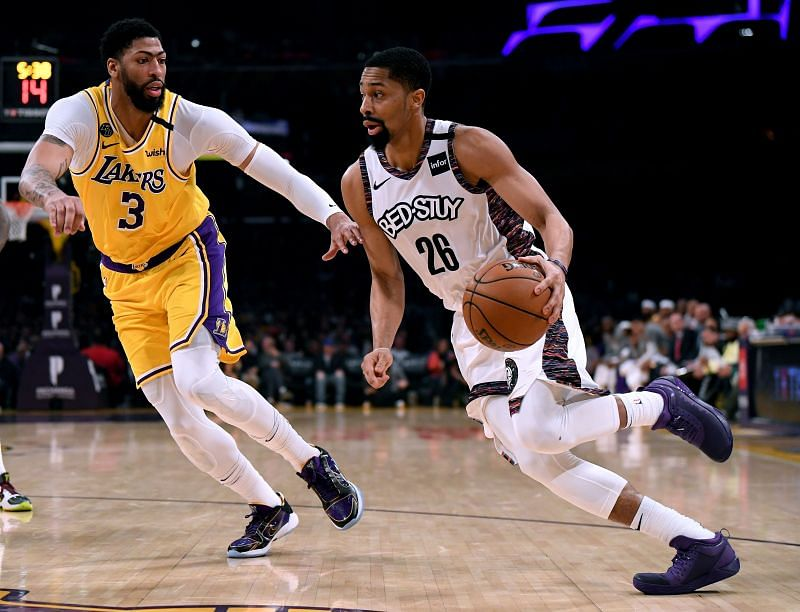 Spencer Dinwiddie (right) in action