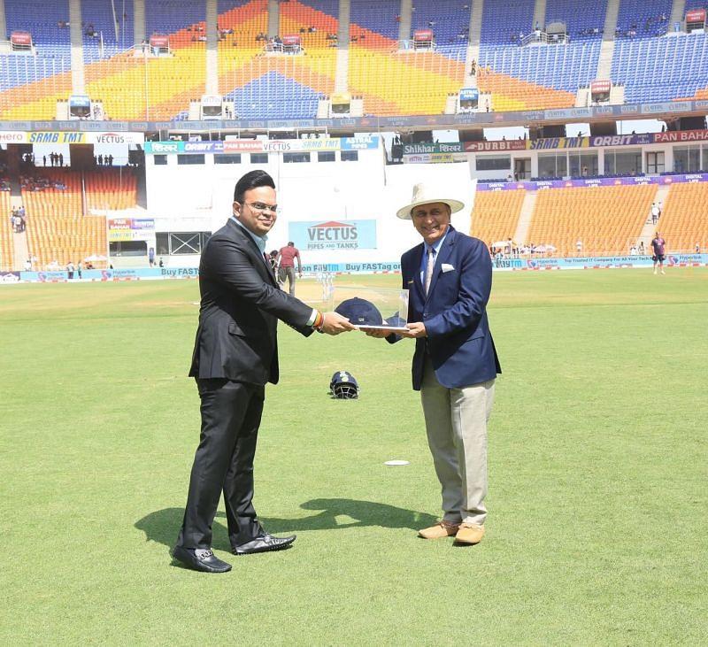 Sunil Gavaskar being felicitated by BCCI (Image courtesy: Jay Shah