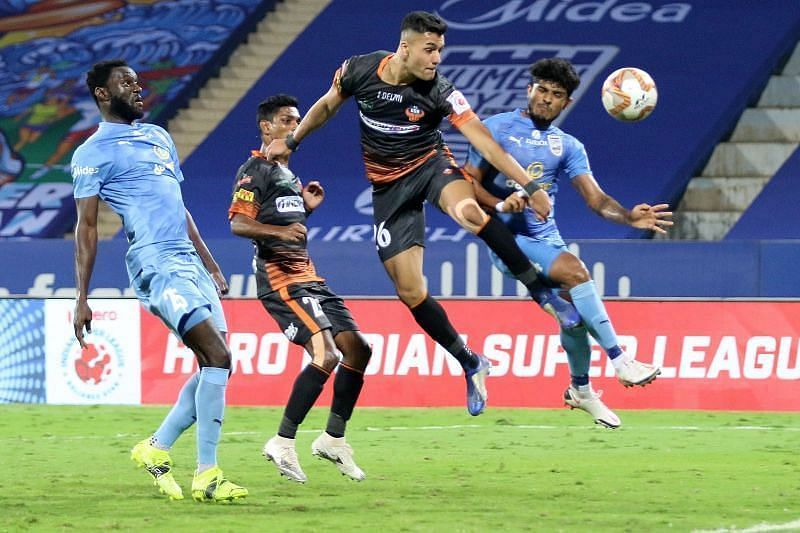 FC Goa will aim to make the familiarity of playing at the Fatorda count in the first leg (Courtesy - ISL) /Ahmed Jahouh will play a key role in the midfield for Mumbai City FC (Courtesy - ISL)