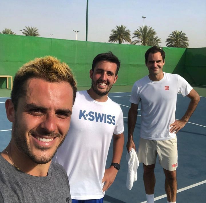 Roger Federer recently put up an Instagram story where he was seen trading hits with Thomas Fabbiano