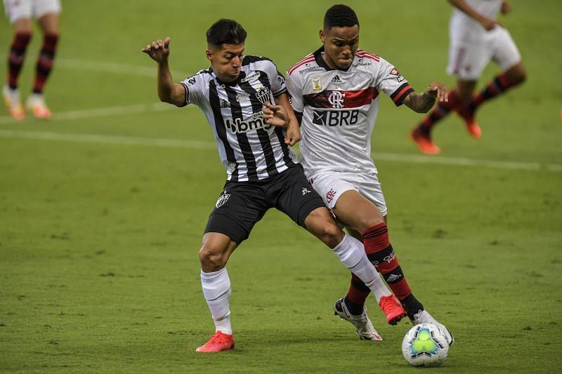 Flamengo defender Natan (right)