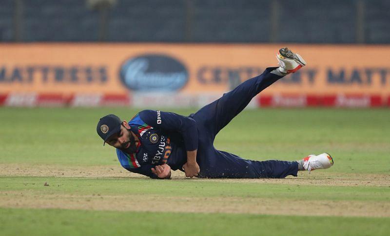 Virat Kohli takes a brilliant catch.