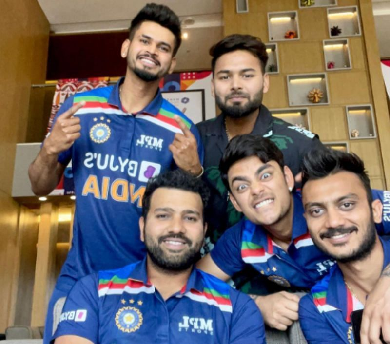 """IND V ENG 2021: """"Bleed Blue"""": Excited Ishan Kishan shares picture with Team  India jersey, poses with teammates"""