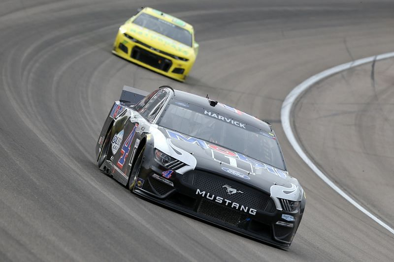 Kevin Harvick struggles in the NASCAR Cup Series Pennzoil 400 at Las Vegas. Photo/Getty