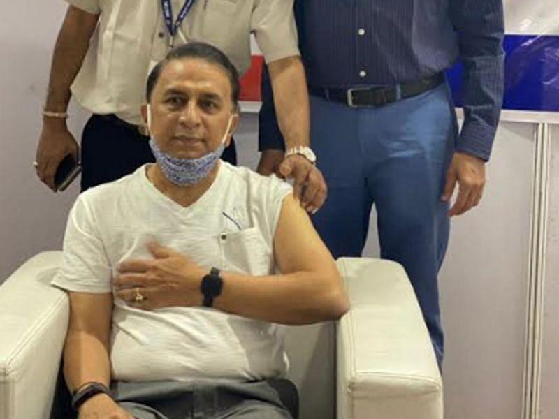 Sunil Gavaskar receives the Covid-19 vaccine