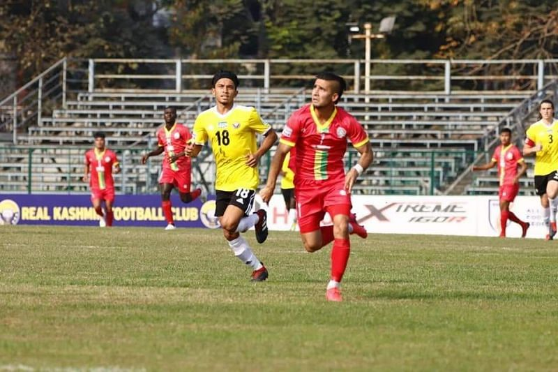 Komron Tursunov in action with TRAU FC in an I-League match against Real Kashmir FC (Image Credits: I-League Media)