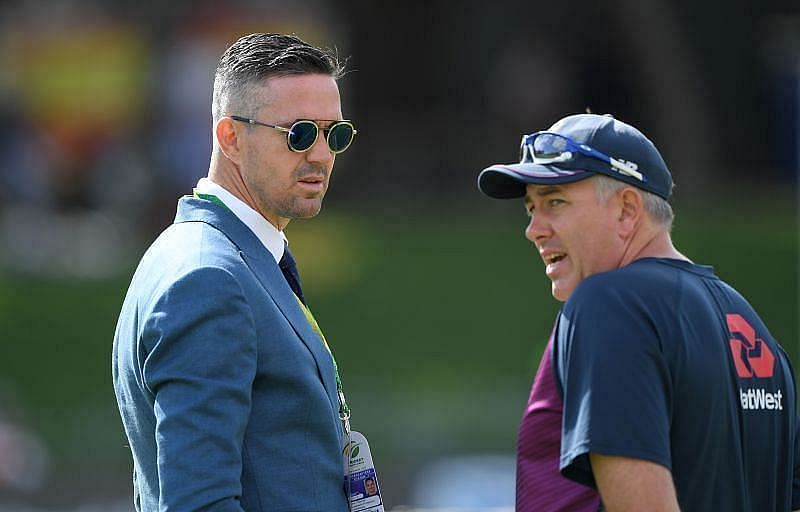 Kevin Pietersen (L) and Chris Silverwood