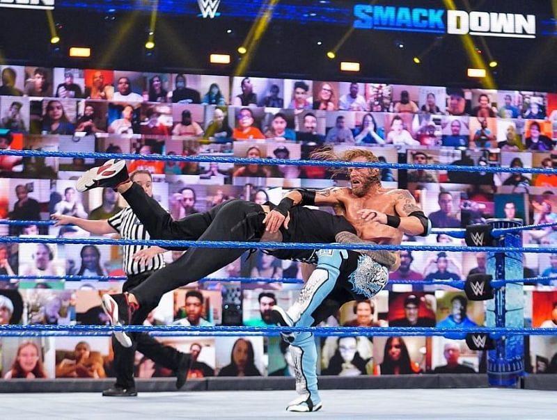 WWE Fastlane से पहले हुआ SmackDown का एपिसोड काफी ज्यादा जबरदस्त रहा