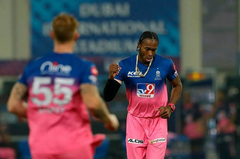 Jofra Archer playing for the Rajasthan Royals.